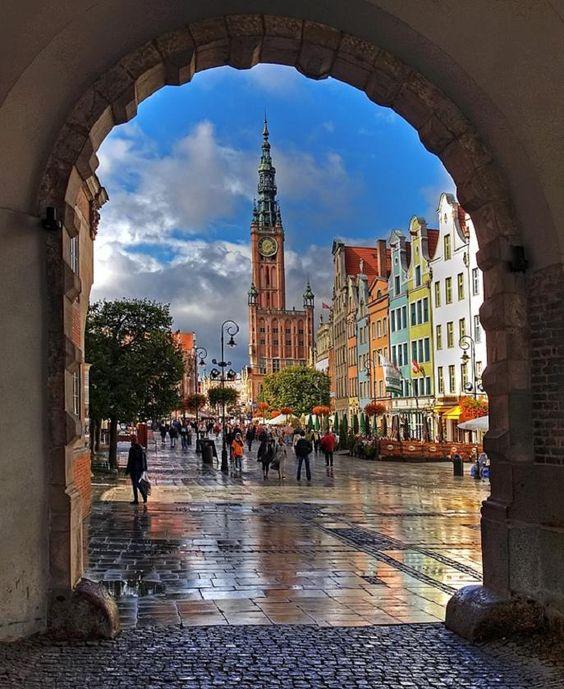 Gdańsk – nowoczesne miasto naznaczone historią