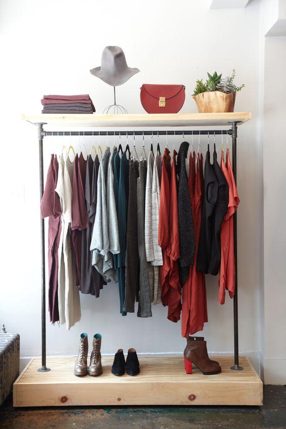 Otwarta garderoba – wnętrzarski hit!