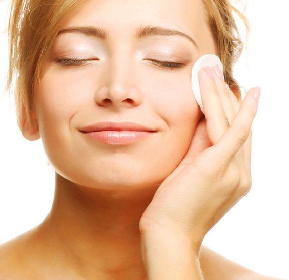 Kosmetyki domowej roboty – tonik do twarzy