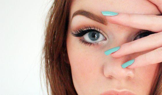 Makijażowe triki na powiększenie oczu?
